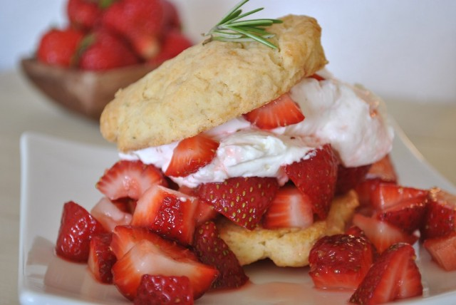 Rosemary Shortcakes with Strawberries and Mascarpone Whipped Cream ...