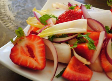 Refreshing Strawberry Endive Salad with Mint