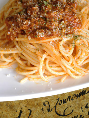 Real Pasta Bolognese (Italian Meat Sauce)