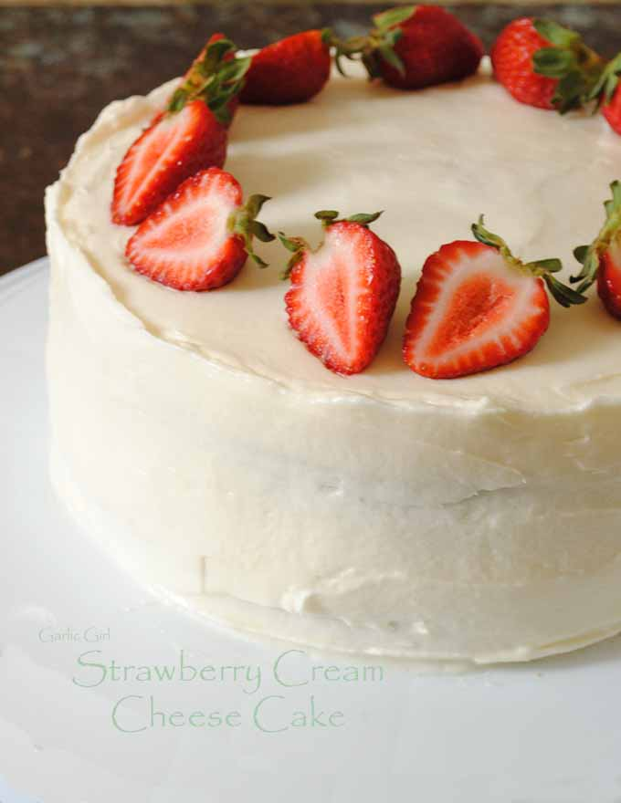 Strawberry Cream Cheese Cake | Garlic Girl